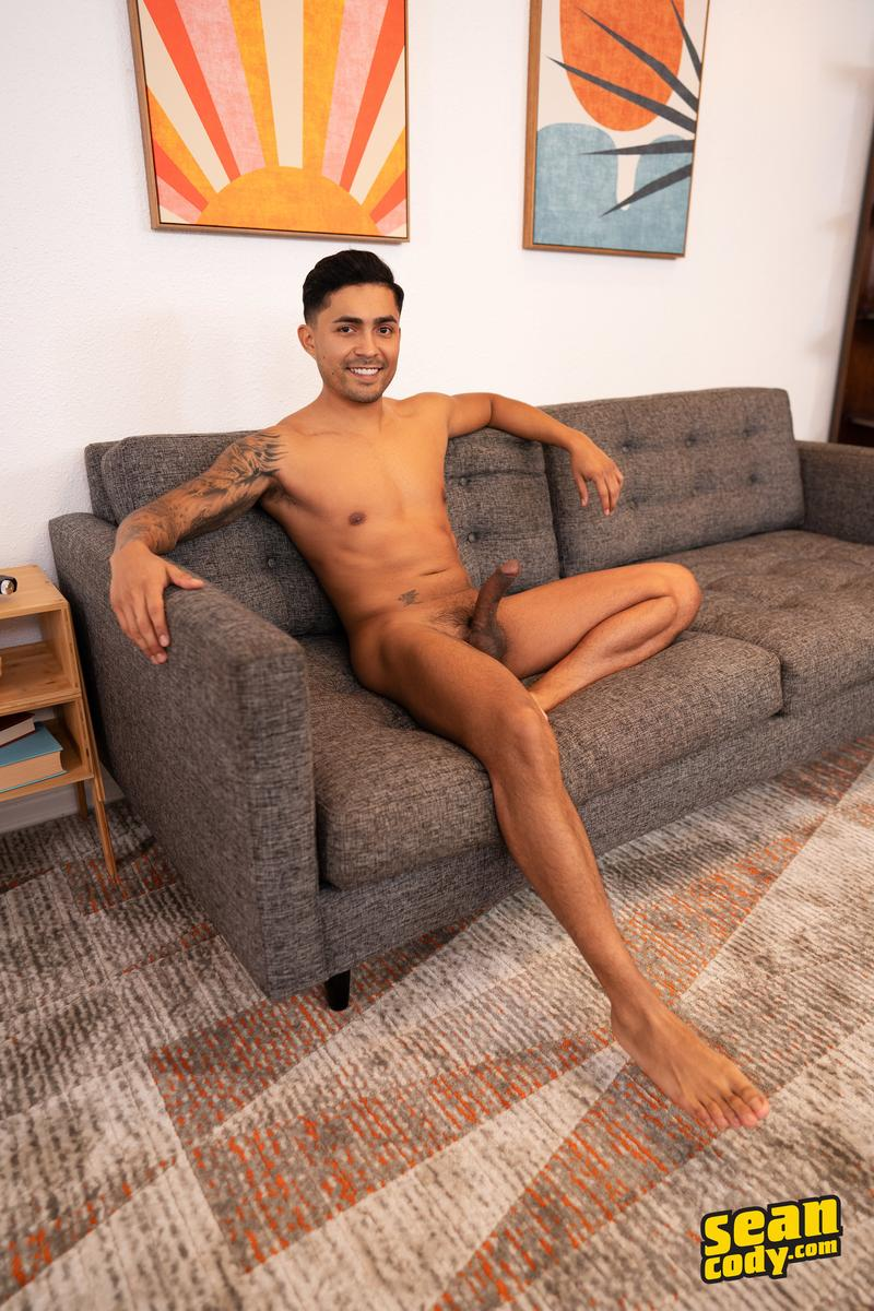 Sexy muscle bottom Brayden smooth asshole bareback fucked tanned hottie Sean Cody Asher 4 image gay porn - Sexy muscle bottom Brayden's smooth asshole bareback fucked by tanned hottie Sean Cody Asher